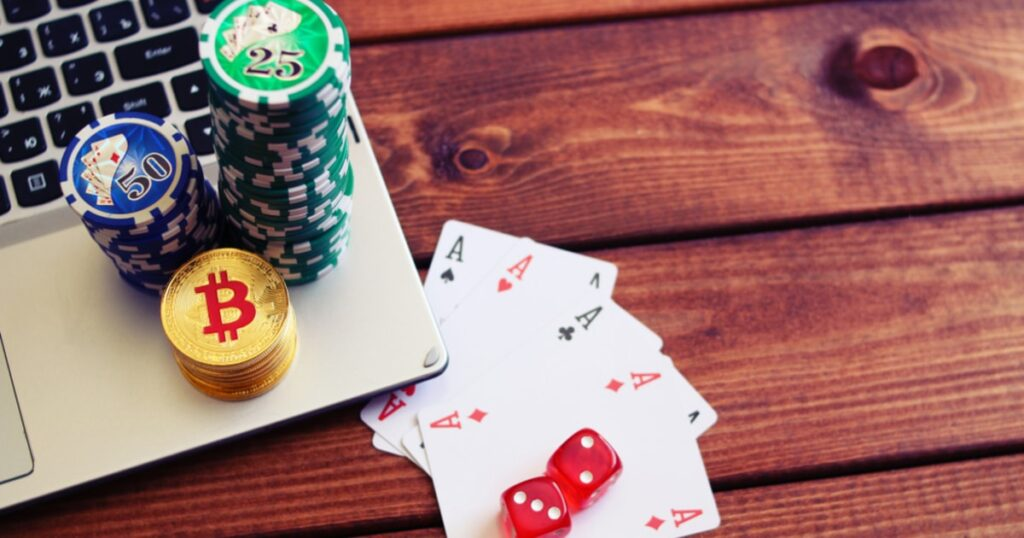 Advantages And Ways Not To Fail To Create A Poker King Account
